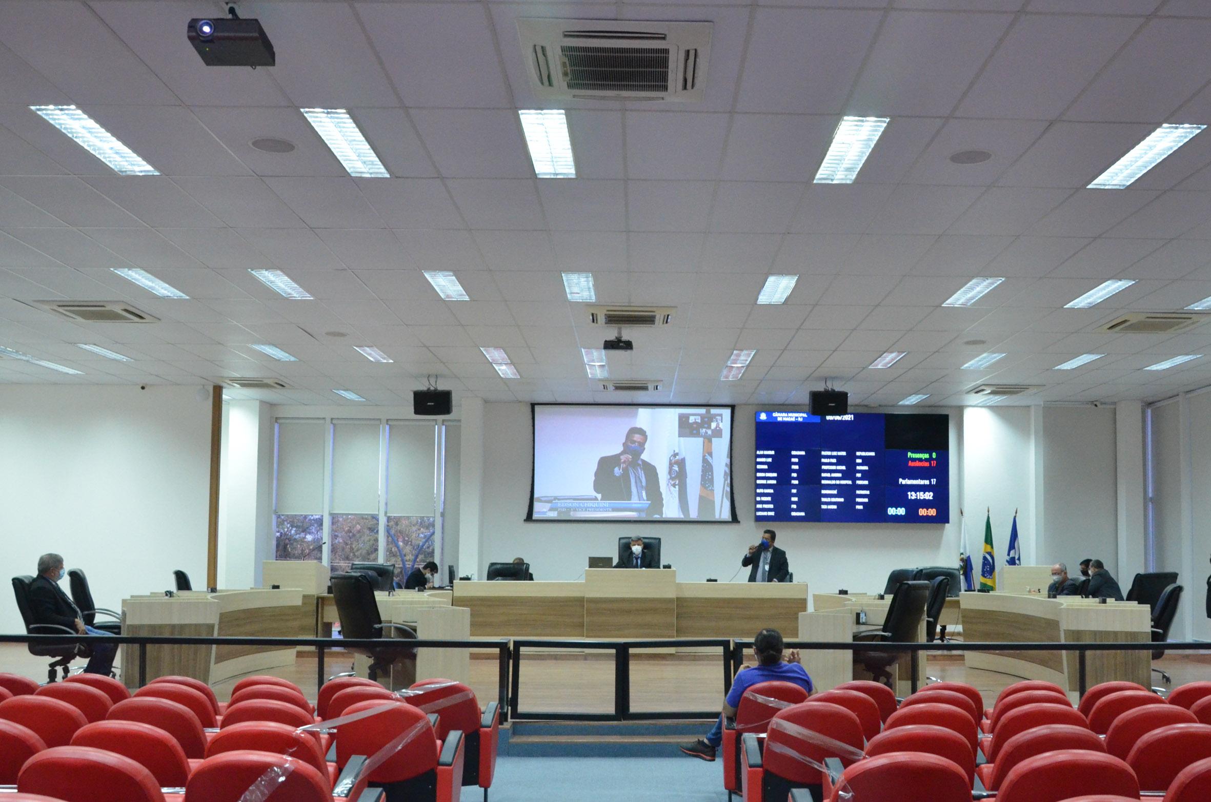 Parlamentares defendem maior fiscalização no comércio de produtos e serviços
