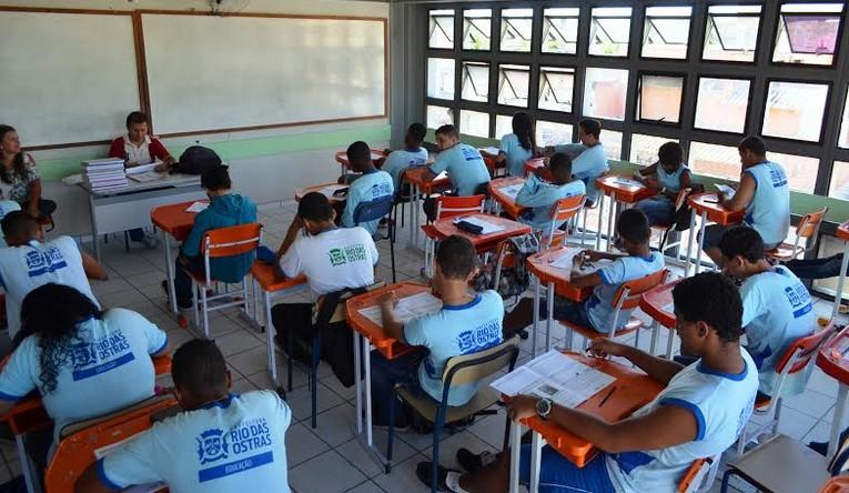 A Secretaria de Educação de Rio das Ostras decidiu pela volta às aulas