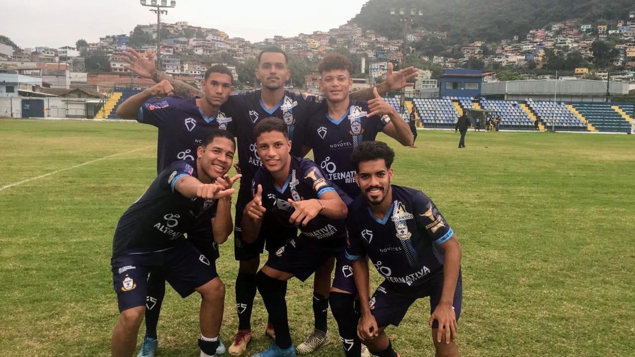 A equipe do Macaé Esporte chegou aos quatro pontos na Taça Santos Dumont