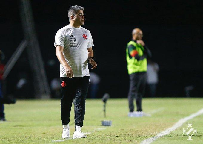 Os próximos treinamentos do time serão comandados por Fábio Cortez e Daniel Félix