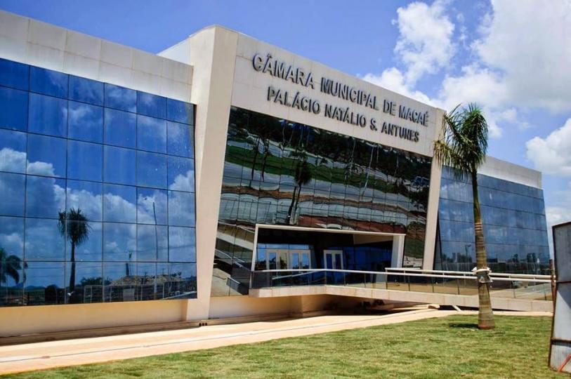 O projeto, de autoria do vereador Amaro Luiz (PRTB), foi sancionado pelo prefeito de Macaé, Welberth Rezende (Cidadania)