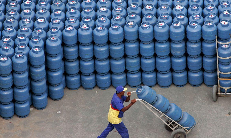 Reajuste nos preços do Gás Liquefeito de Petróleo (GLP), o gás de cozinha, e da gasolina